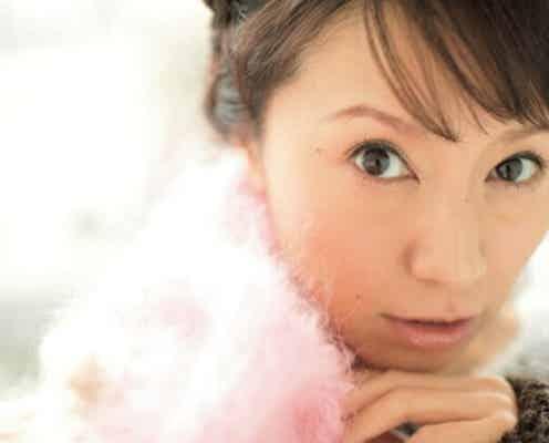 鈴木亜美、ワイルドな白の愛車・ジープとの写真に「カッコいい」「ファミリーで出掛けるのに良い感じ」