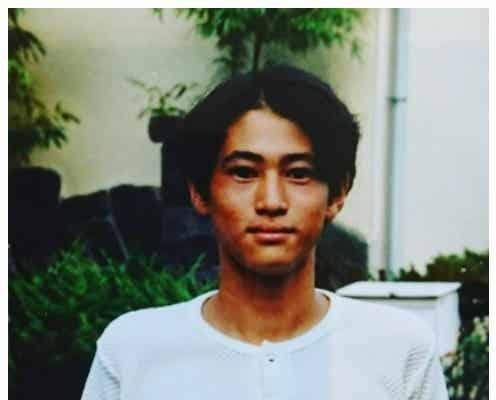 窪塚洋介、若い頃の写真が「息子さんに似てる」「超イケメン」と話題