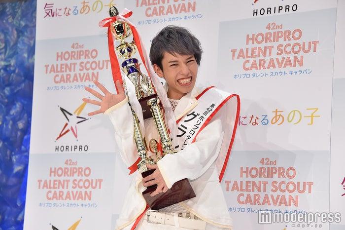 『第42回 ホリプロタレントスカウトキャラバン』グランプ定岡遊歩さん (C)モデルプレス