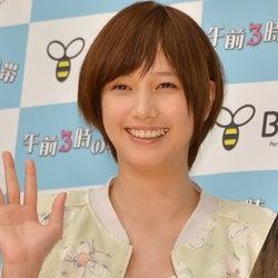 本田翼、ひざ上20cmミニスカで美脚披露 涙の初主演ドラマを語る