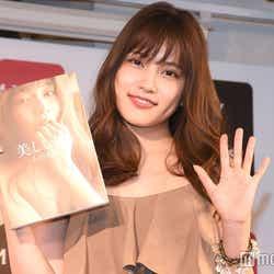 """モデルプレス - AKB48入山杏奈「裸じゃなくてよかった」撮影中の""""ドッキリ""""回顧"""