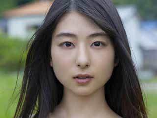 若手女優・川村海乃、初水着で美バスト披露