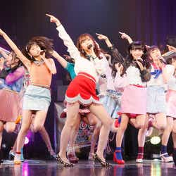 モデルプレス - HKT48、7周年イベントでサプライズ発表 5期生14人も初お披露目<セットリスト>