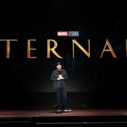 金髪アンジーが剣を構える!マーベル『エターナルズ』映像が初公開