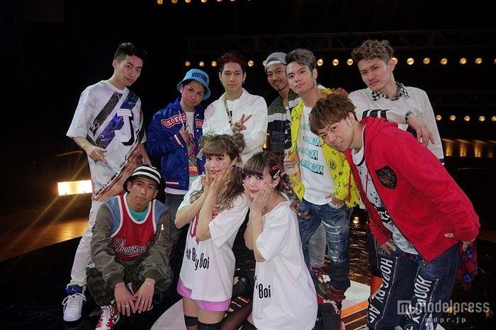 Beat Buddy Boi「come again」のMVではにこるんと共演