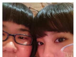 """新川優愛&安藤なつ""""密着""""どアップ2ショットが話題「可愛すぎる」「なっちゃん小顔になった」"""