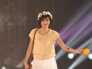 佐野ひなこ、関西初ランウェイに歓声 ショートヘア×ガーリーコーデを披露<関コレ2016S/S>