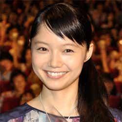 モデルプレス - 宮崎あおい、「出会ってきた人にまた出会いたい」意味深発言で遠い目