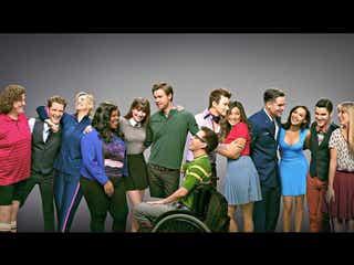 『Glee/グリー』サム役コード・オーバーストリート、バンドで日本デビュー記念!その軌跡を追う