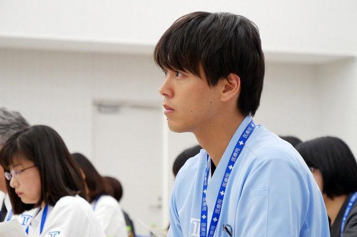 竹内涼真/「ブラックペアン」第4話より(C)TBS