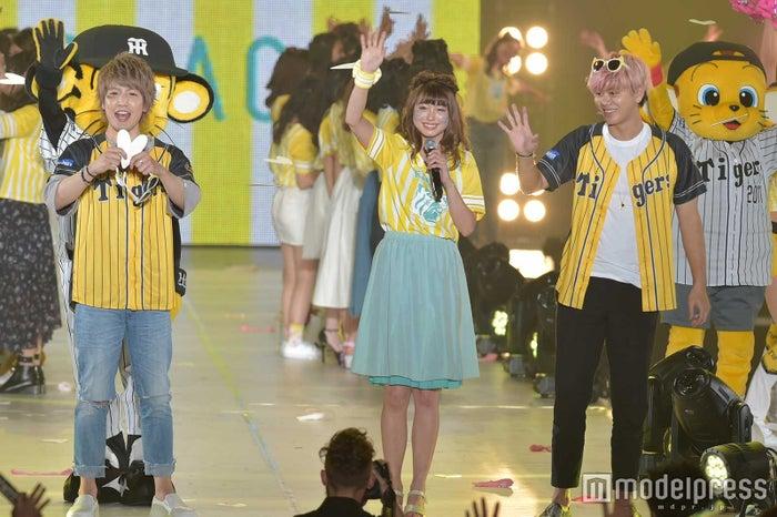 (左から)松岡卓弥、大川藍、山田親太朗(C)モデルプレス