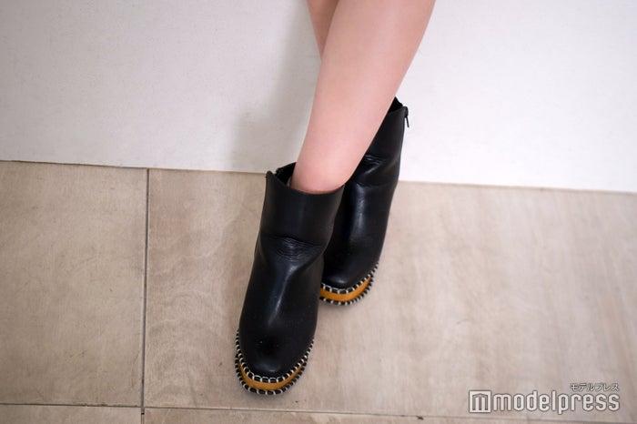 ブーツ(C)モデルプレス