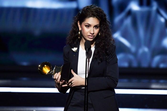 アレッシア・カーラ/「第60回グラミー賞授賞式」より/photo:Getty Images