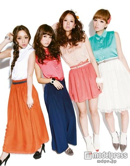 JJ専属ブロガーモデル(左から)三井智雅、大口智恵美、田中美彩、筆岡裕子