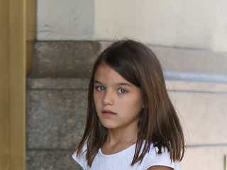 トム・クルーズ娘スリちゃんの大人っぽい表情にドッキリ