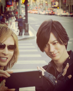 YOSHIKI、DAIGOと仲良し自撮り姿に「兄弟?」「イケメンが2人」の声