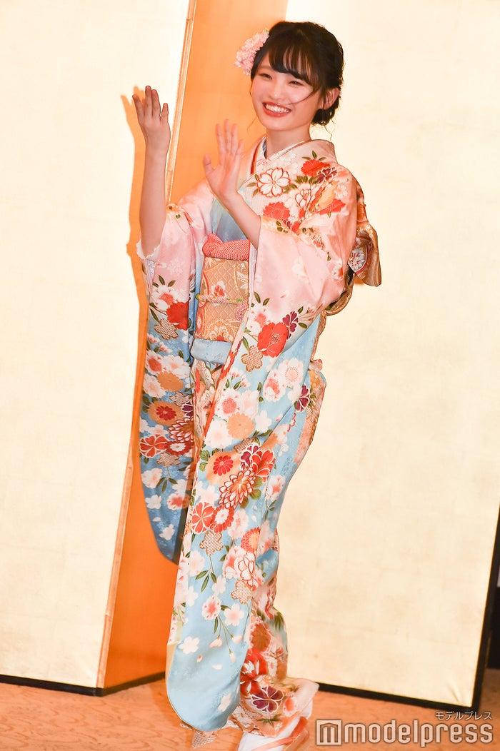毎年定番のNMB48の「どやさ」入場 新澤菜央/AKB48グループ成人式記念撮影会 (C)モデルプレス