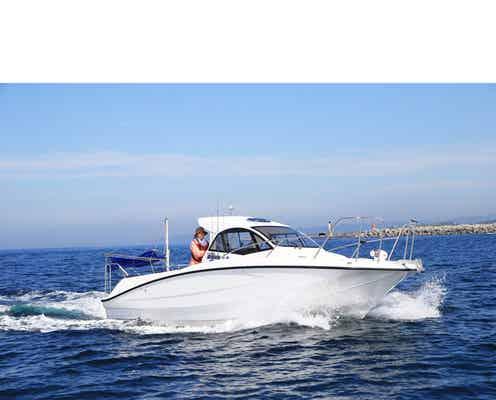 前田敦子、ボートを操舵する様子にファン驚き!小型船舶免許2級を取得。「かっこいいです」