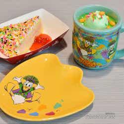 ストロベリークリームケーキ、スーベニアプレート付き¥850/パイナップルゼリー&ヨーグルトムース、スーベニアカップ付き¥800(C)モデルプレス(C)Disney