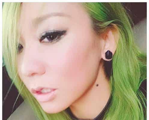 """倖田來未がニューヘア披露 カラーの""""秘密""""に「すごい」「オシャレすぎ」の声"""