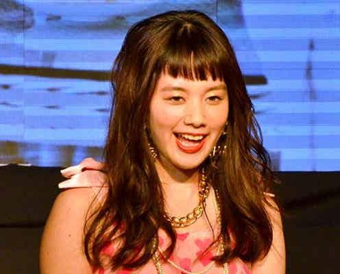 筧美和子、ガーリーな魅力全開 キュートなランウェイに大歓声