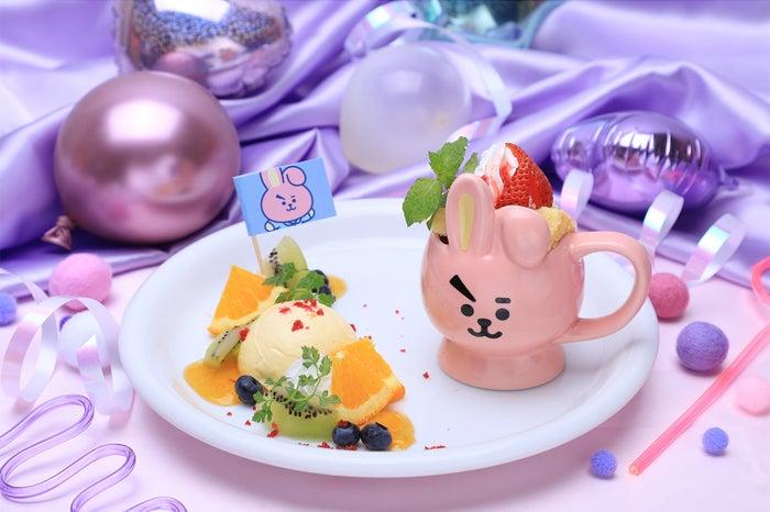 DESSERTプレートケーキ(ショートケーキ) 1,290円(C)BT21