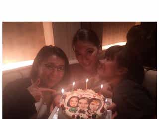 大島優子&宮澤佐江、秋元才加を祝福 「やばい」ケーキにも注目集まる