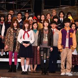 話題の秋元康プロデュース「劇団4ドル50セント」注目劇団員を紹介 30人から選ばれた主役・艶白ボディ美女・元AKB48研究生・石原さとみ似…