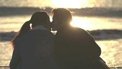 【テラスハウス・軽井沢編】海辺でキス 両思いの2人が下した決断は?<TERRACE HOUSE OPENING NEW DOORS>