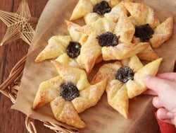 【クリスマスレシピ】簡単おしゃれ!「ヨウルトルットゥ」はサンタの故郷フィンランドのクリスマス菓子