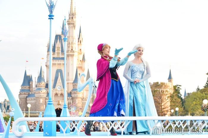 アナ、エルサ/「ディズニー・クリスマス・ストーリーズ」/東京ディズニーランド(C)モデルプレス(C)Disney