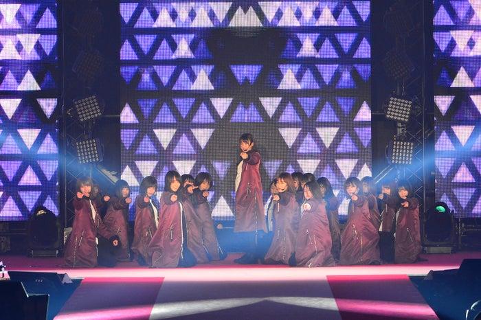 欅坂46(C)Rakuten GirlsAward 2018 SPRING/SUMMER