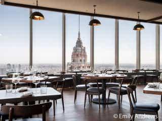 地上60階でいただく料理は至極の味わい! ホリデーシーズンに気分が格別あがるレストラン『マンハッタ』