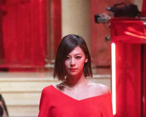 西内まりや、韓国で美貌披露「METROCITY」ファッションショーで圧巻ランウェイ