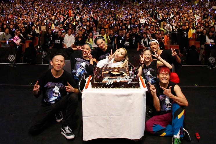 倖田來未、誕生日ライブでサプライズ 祝福の声で溢れる