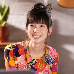 生田斗真主演ドラマ「俺の話は長い」杉野遥亮と働く美女・きなりって?【注目の人物】