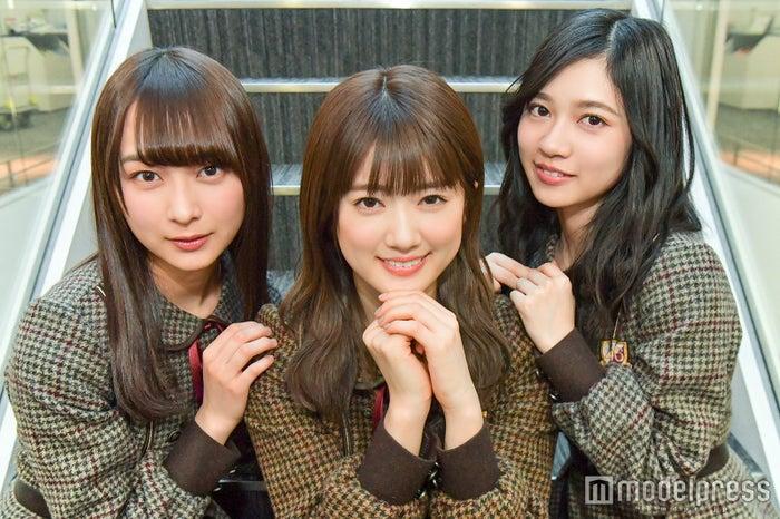 モデルプレスのインタビューに応じた鈴木絢音、樋口日奈、寺田蘭世(C)モデルプレス