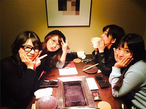 Not yet(左から)横山由依、大島優子、指原莉乃、北原里英/指原莉乃Twitterより【モデルプレス】