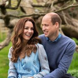 ウィリアム王子、キャサリン妃に結婚10周年の記念にネックレスをプレゼント。