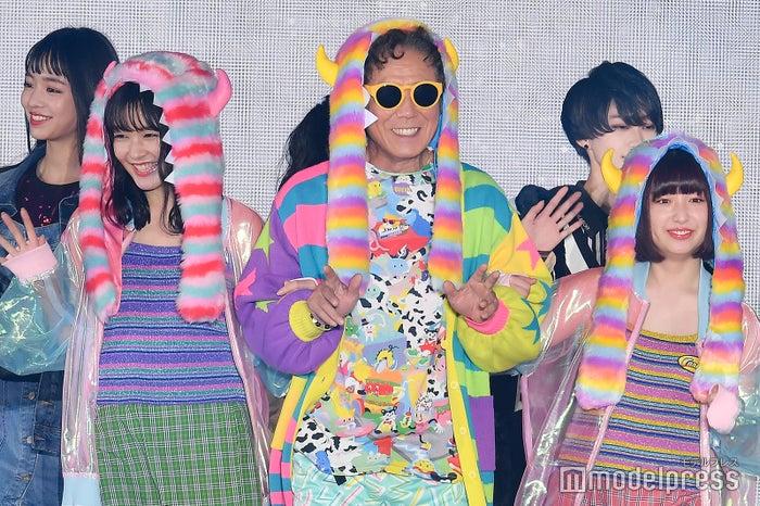 「GirlsAward 2018 AUTUMN/WINTER」に出演した久間田琳加、西岡徳馬、吉田凜音 (C)モデルプレス