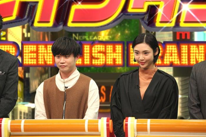 (左から)矢本悠馬、山谷花純(C)フジテレビ