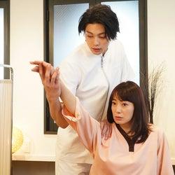 東啓介、菅野美穂/「ウチの娘は、彼氏が出来ない!!」より(C)日本テレビ