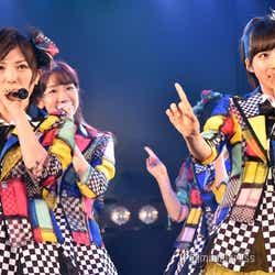 モデルプレス - <AKB48「僕の夏が始まる」公演レポ>柏木由紀、後輩の言葉に感激 選曲新公演でレア曲発掘