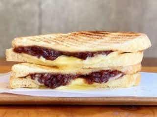 グリルドチーズサンド専門店「ポタメルト」が東京・中目黒にオープン あんバターやダブルバーガーも!