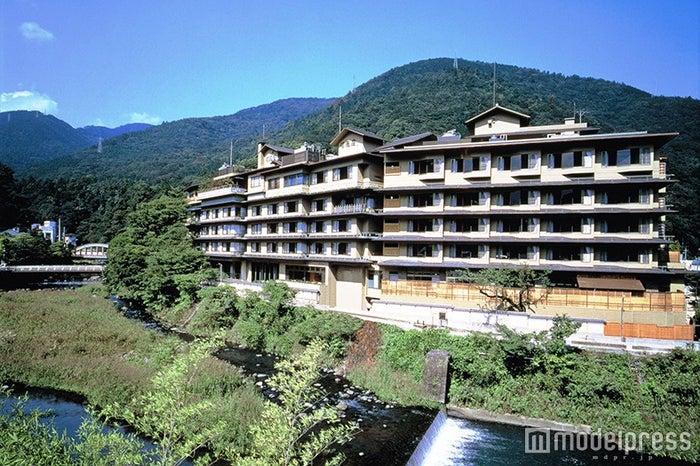「ホテル河鹿荘」外観/画像提供:ホテル河鹿荘