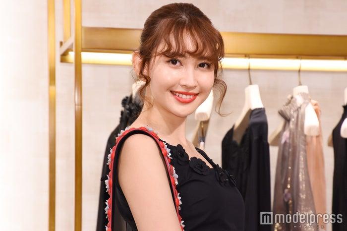 4月19日に30歳の誕生日を迎えた小嶋陽菜 (C)モデルプレス