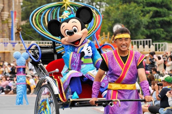 彦星ミッキー&織姫ミニーが挨拶!TDLで七夕プログラムスタート(C)Disney