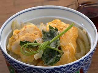大さじ1、2杯の油で天ぷらが!「簡単天丼 鶏、玉ねぎ、三つ葉」