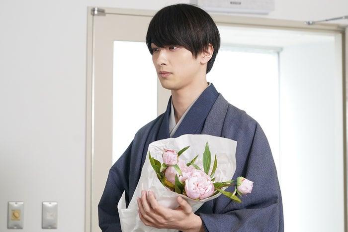 横浜流星「私たちはどうかしている」第6話より(C)日本テレビ