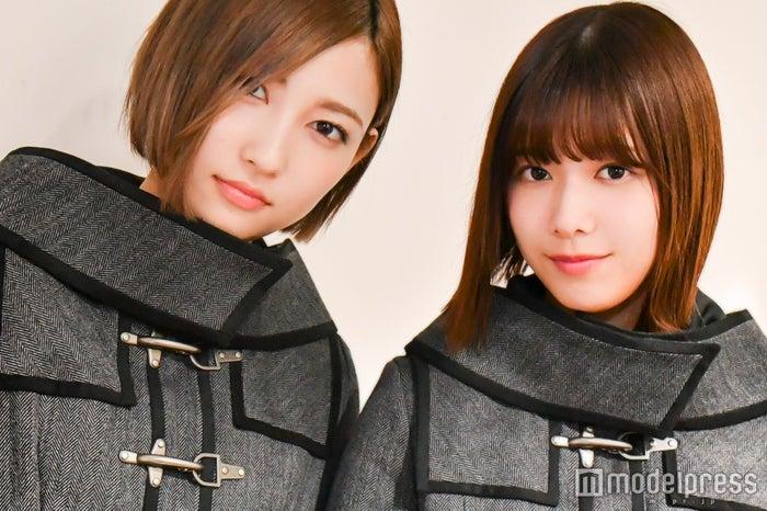 モデルプレスの取材に応じた志田愛佳(左)と渡邉理佐(右)(C)モデルプレス